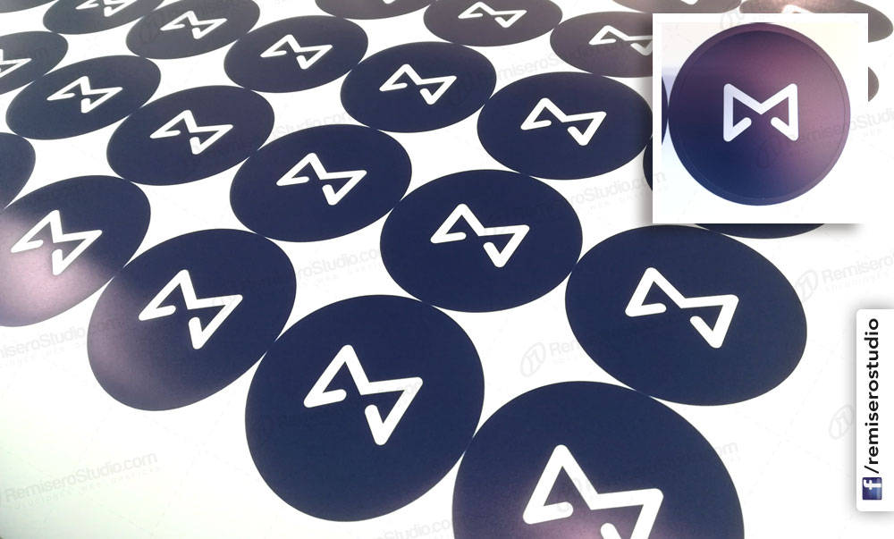 Stickers circulares de 50 mm con  logo impreso y semi corte
