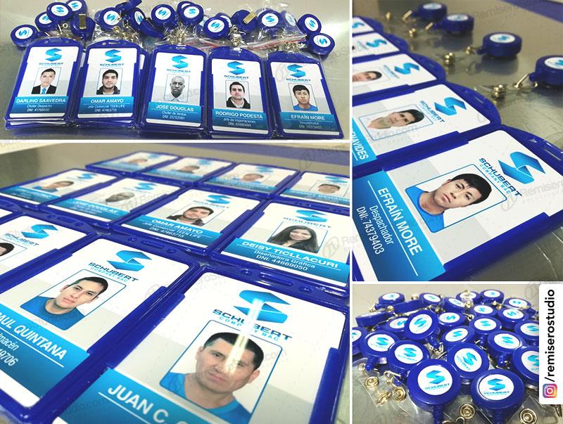 Fotochecks impresos en pvc a full color y yoyo con logo